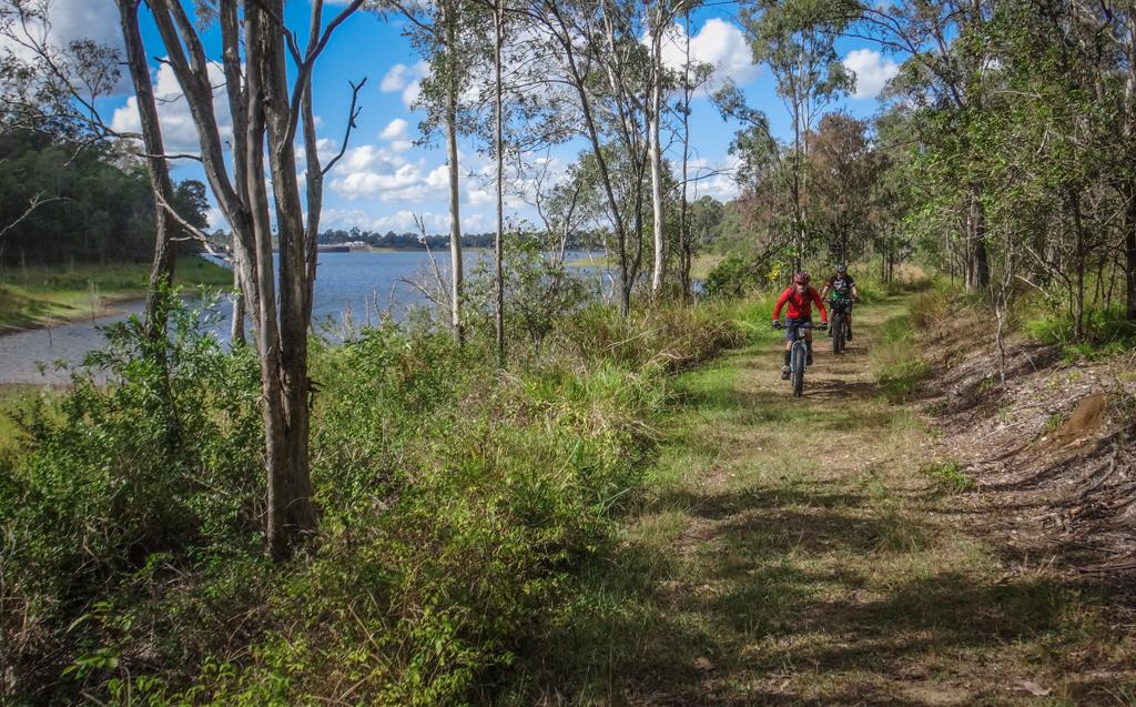 Shoreline Track
